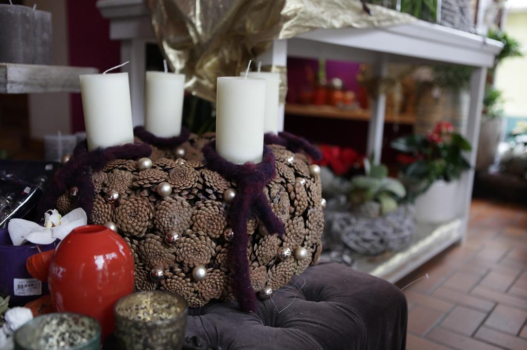 Winterkranz mit Kerzen